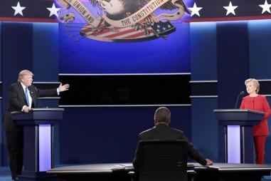 Truyền thông thế giới nói gì về cuộc tranh luận Trump - Clinton?