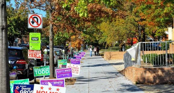 Những hình ảnh đầu tiên về cuộc bầu cử Mỹ 2016
