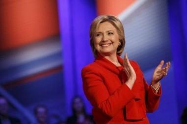Bà Hillary Clinton đang dẫn trước đối thủ về số phiếu đại cử tri