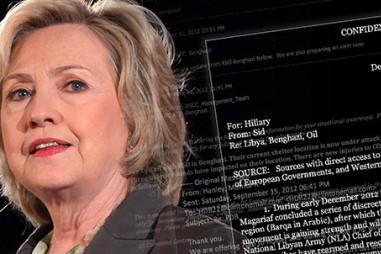 Lật lại vụ bê bối sử dụng email của bà Hillary Clinton