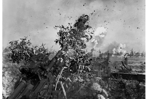 """Những bức ảnh được """"đổi"""" bằng máu của phóng viên chiến trường"""