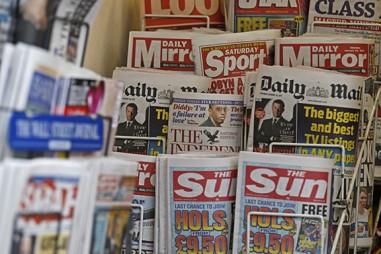 Báo lá cải của Anh: Phản chiếu xã hội hay kích động người đọc?