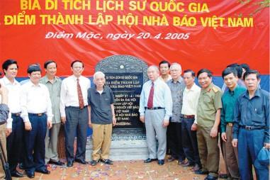 """Nguyễn Hồng Vinh: Mãi là người """"giữ lửa""""!"""
