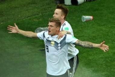 Toni Kroos giúp Đức có chiến thắng hú vía trước Thụy Điển