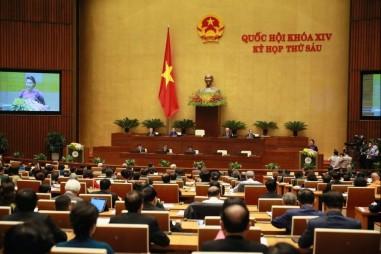 Quốc hội thảo luận, các Bộ trưởng phát biểu về kinh tế xã hội
