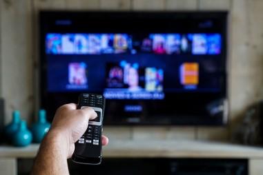 Truyền hình trong kỷ nguyên số: Từ người bán báo dạo đến bác sỹ tâm lý