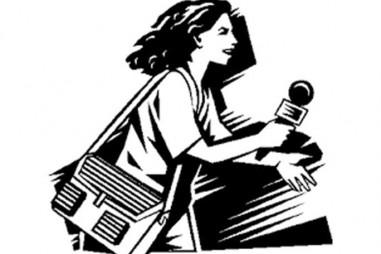 Khi tác nghiệp về bộ đội là... phóng viên nữ