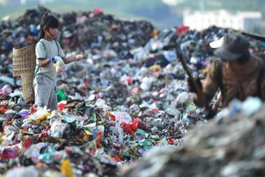 Khoảng 500 tỷ túi nhựa được tiêu thụ trên thế giới mỗi năm