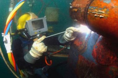 Khắc phục sự cố trên tuyến cáp quang biển quốc tế APG
