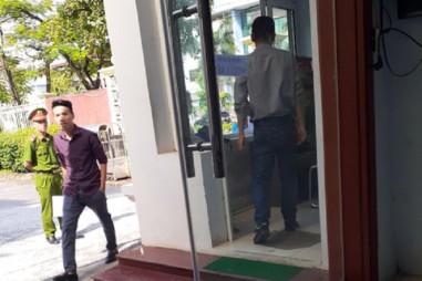 """Văn phòng UBND tỉnh Điện Biên: Quy định """"lạ"""" với báo chí?"""