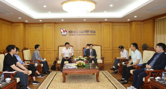 Hội đàm giữa lãnh đạo Hội Nhà báo Việt Nam và đoàn phóng viên Hàn Quốc
