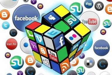 Bộ TT&TT: báo chí có nguy cơ bị truyền thông xã hội chi phối, lấn át
