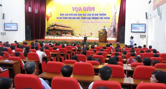 Tổ chức sản xuất tọa đàm trên báo mạng điện tử ở báo Đảng địa phương
