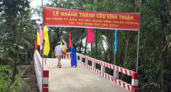 Hơn 380 triệu đồng tài trợ xây cầu Vĩnh Thuận tại Bến Tre