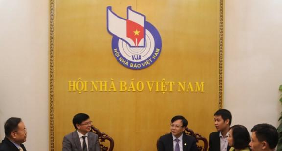 Hội Nhà báo Việt Nam tiếp đoàn đại biểu Hội Nhà báo Trung Quốc