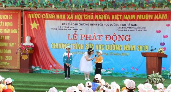 Hà Nam: Phát động chương trình sữa học đường