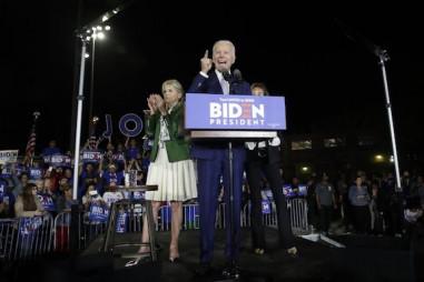 """Bầu cử Tổng thống Hoa Kỳ 2020: Joe Biden chiến thắng vang dội ngày """"Siêu thứ ba"""""""