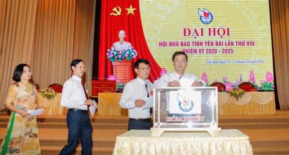 Đại hội Hội Nhà báo tỉnh Yên Bái lần thứ VIII