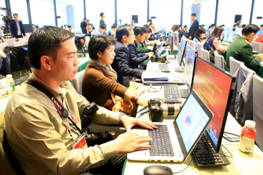 Những phóng viên tác nghiệp tại Đại hội XIII