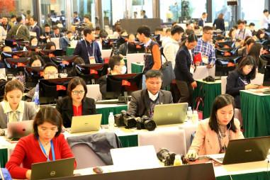 Phóng viên được tạo điều kiện thuận lợi khi tác nghiệp tại Đại hội XIII