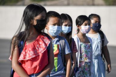 Mỹ: Số trẻ em mắc Covid-19 tăng đột biến khi bắt đầu năm học mới